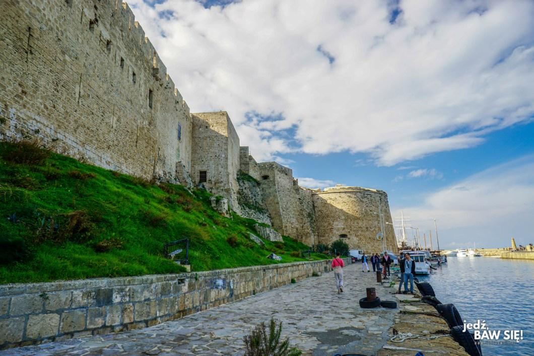 Cypr - zamek w Kyrenii