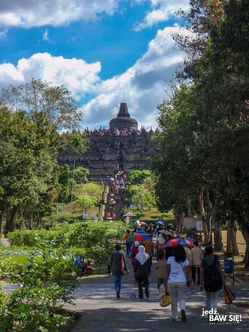 Borobudur - wejście