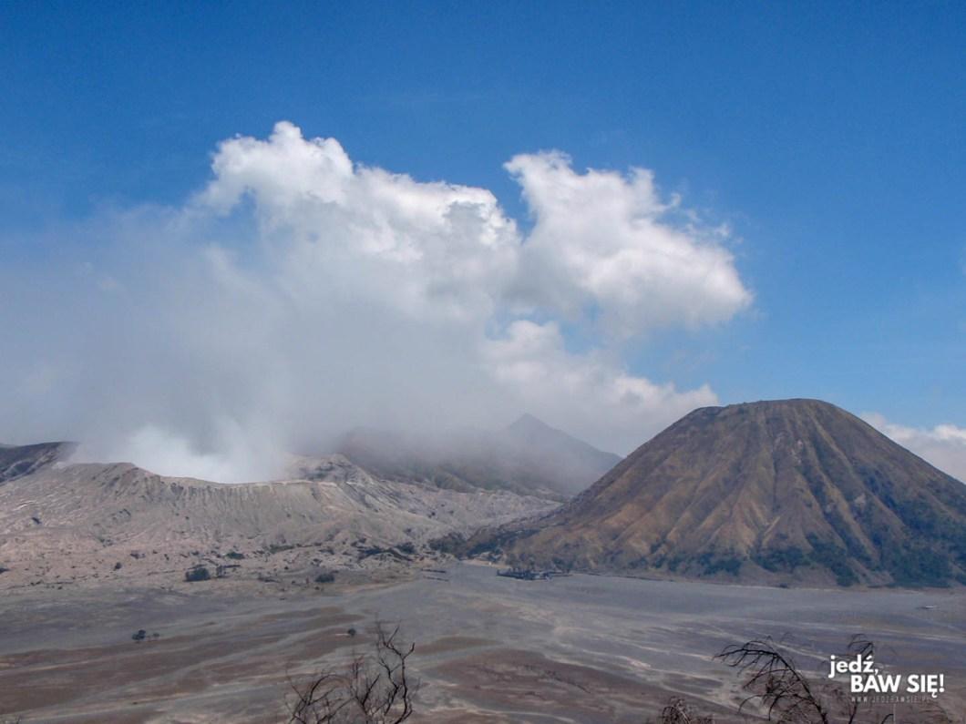 Jawa - widok na kalderę Tennger
