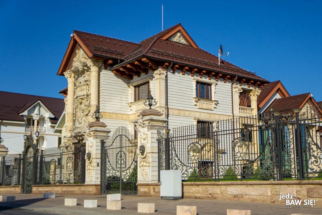 Maramuresz - Certeze - okazały dom