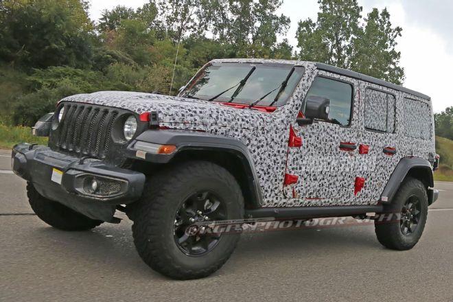 2018-jeep-wrangler-unlimited-front-quarter-01