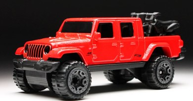 2020 Jeep Gladiator Hot Wheels Toy