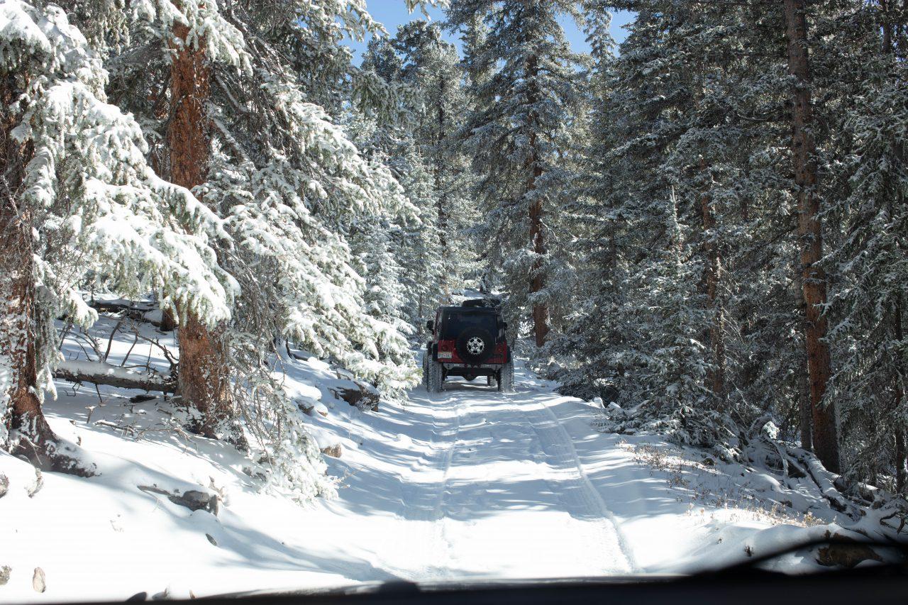 Native Jeeps Snow Wheeling