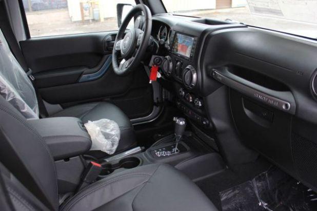 2018 Jeep Wrangler JK Unlimited interior
