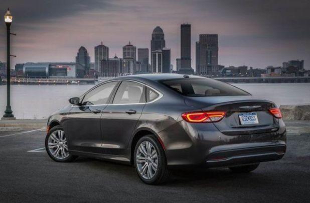 2019 Chrysler 200 rear