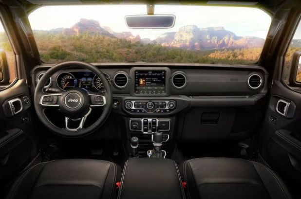 2019 Jeep Wrangler interior view