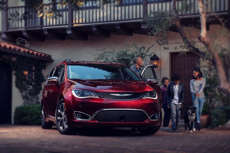 2019 Chrysler Town and Country will be replaced in a near future with Pacifica model