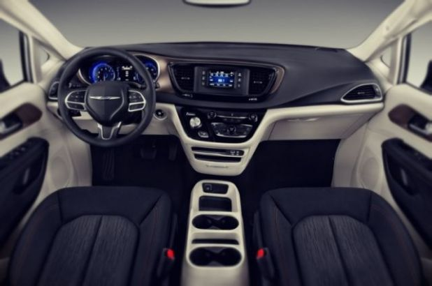 2019 Chrysler Imperial interior