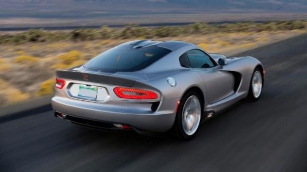 2020 Dodge Viper rear look