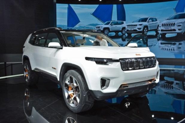 2020 Jeep Yuntu front