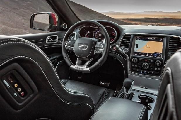 2020 Jeep Grand Cherokee Trackhawk interior