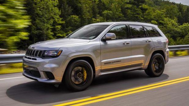 2021 Jeep Grand Cherokee side