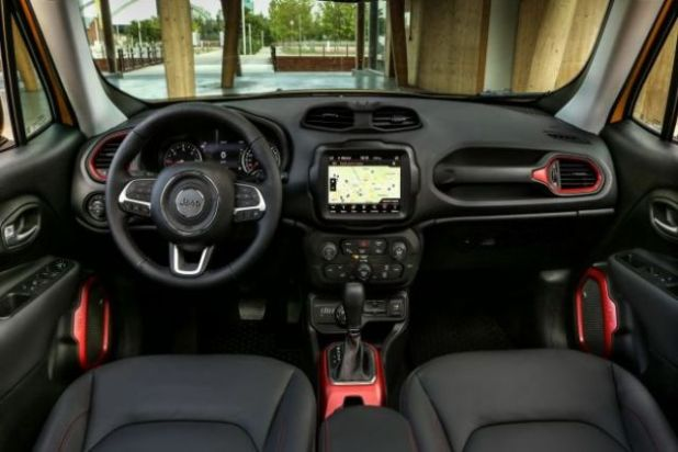 2020 Jeep Renegade PHEV interior