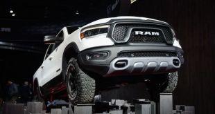2021 Ram 1500 front