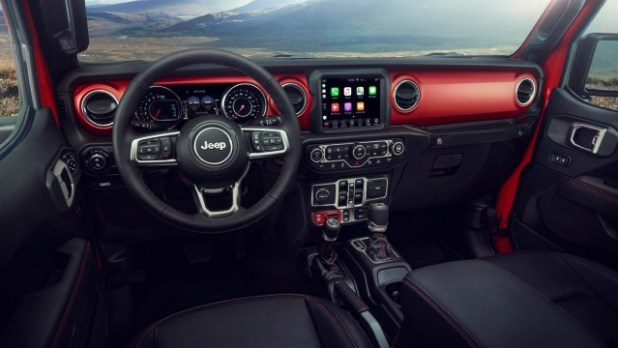 2021 Jeep Gladiator interior