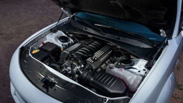 2022 Dodge Charger engine