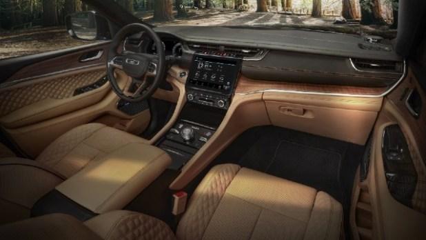 2022 Jeep Grand Cherokee 4xe Interior