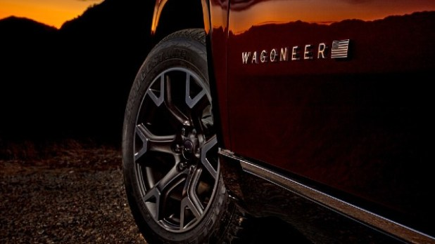 2023 Jeep Wagoneer Trailhawk SUV