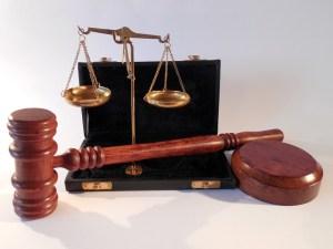 Pelastaako korkeatasoinen moraali?