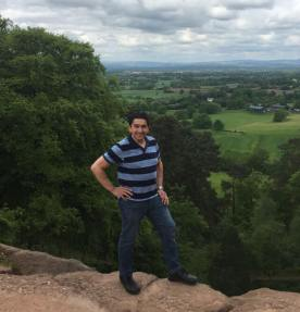 Picture of Jeff on the Edge at Alderley Edge