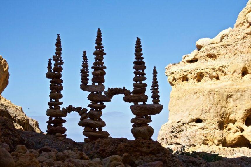 james-brunt-natural-materials-land-art-england11-5a7d958b90818__880