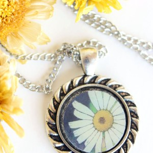 Summer Country No.4 Necklace-white wildflower necklace in silver circle setting handmade by Jeffcoat Art