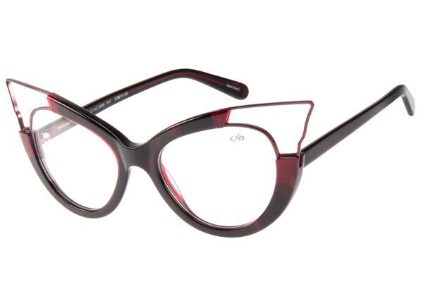 0f5fcf6718682 A Essilor traz para a campanha suas lentes multifocais Varilux® que  auxiliam na correção da presbiopia