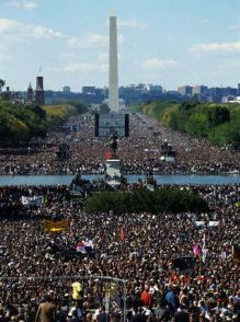 Million Man March Participants and Washington Monument