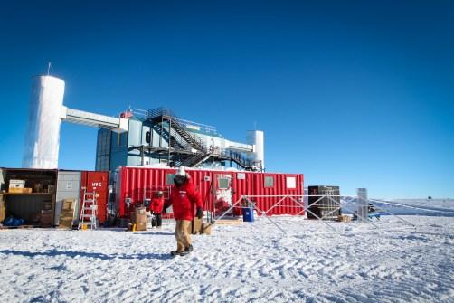 IceCube Neutrino Observatory in Antarctica Confirms ... Icecube Neutrino Observatory