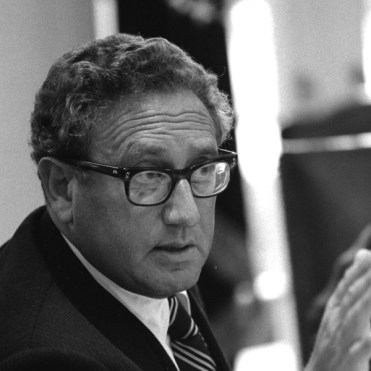 henry-kissinger-american-foreign-policy-r