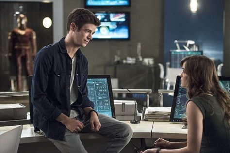 The Flash - Fury of Firestorm - Barry and Caitlin