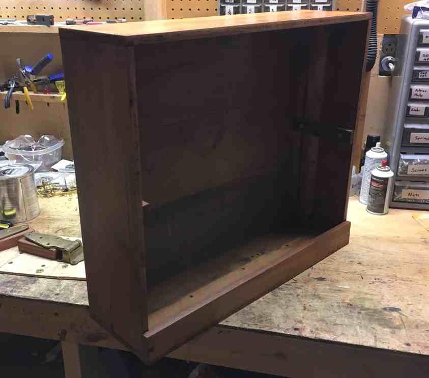 17 Varnished box