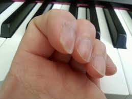 fingers piano