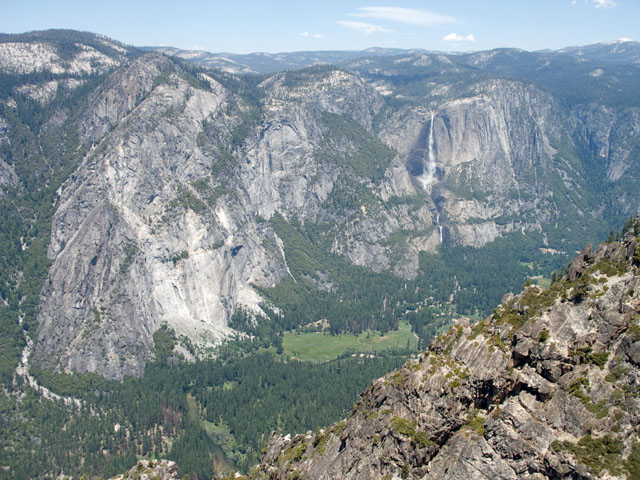 Yosemite Falls and Eagle Peak from Taft Point
