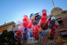 mickey_mouse_balloons_4927