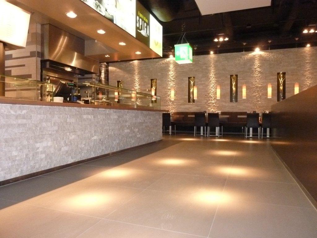 Theke des Restaurants Spiga