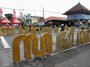 welcome to Malioboro street