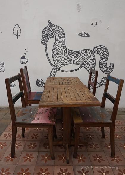 mural di Lawas 613 Cafe