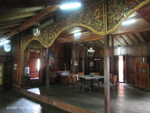 ukiran rumah Limas Palembang