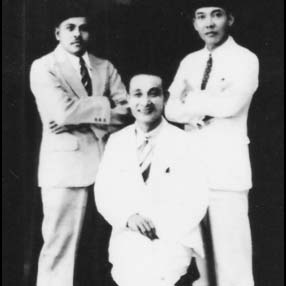 Abdul Karim Oey Tjeng Hien: Kisah Tionghoa Pembela Agama dan Negara