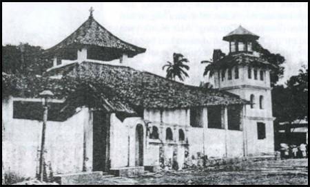 Masjid Krukut. Salah satu Masjid tertua di Jakarta. Sumber foto: www.jakarta.go.id