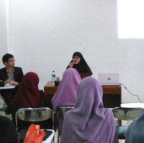 Raja Ali Haji dan Islamisasi Bahasa Melayu: Dialog singkat dengan Ai Wardah M Koswiar