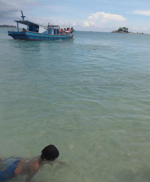 pulau gosong bangka belitung hopping island beach pantai