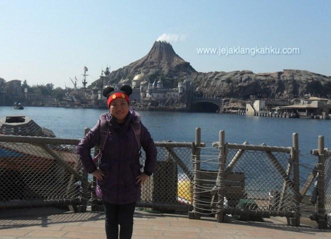 disney resort tokyo japan disneyland
