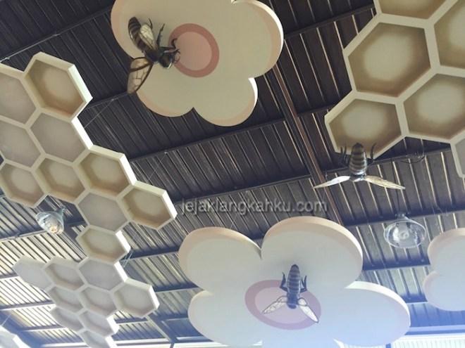 big bee phuket 1-1