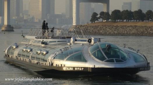 hotaluna cruise odaiba tokyo 0
