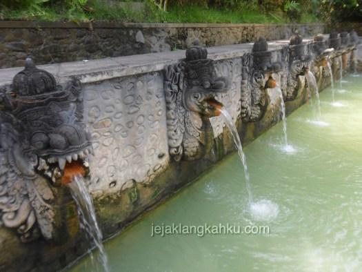 holy hot spring banjar 0