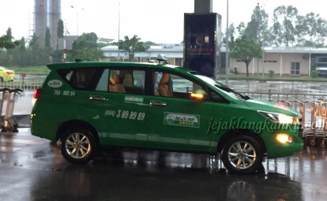 vietnam-taxi-1