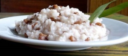 Uraian terkait dengan makanan khas Maluku yang lezat.
