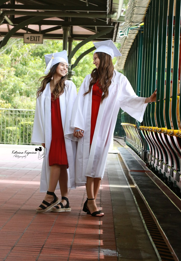 Senior and graduation photography and graduation event photography sessions in Florida